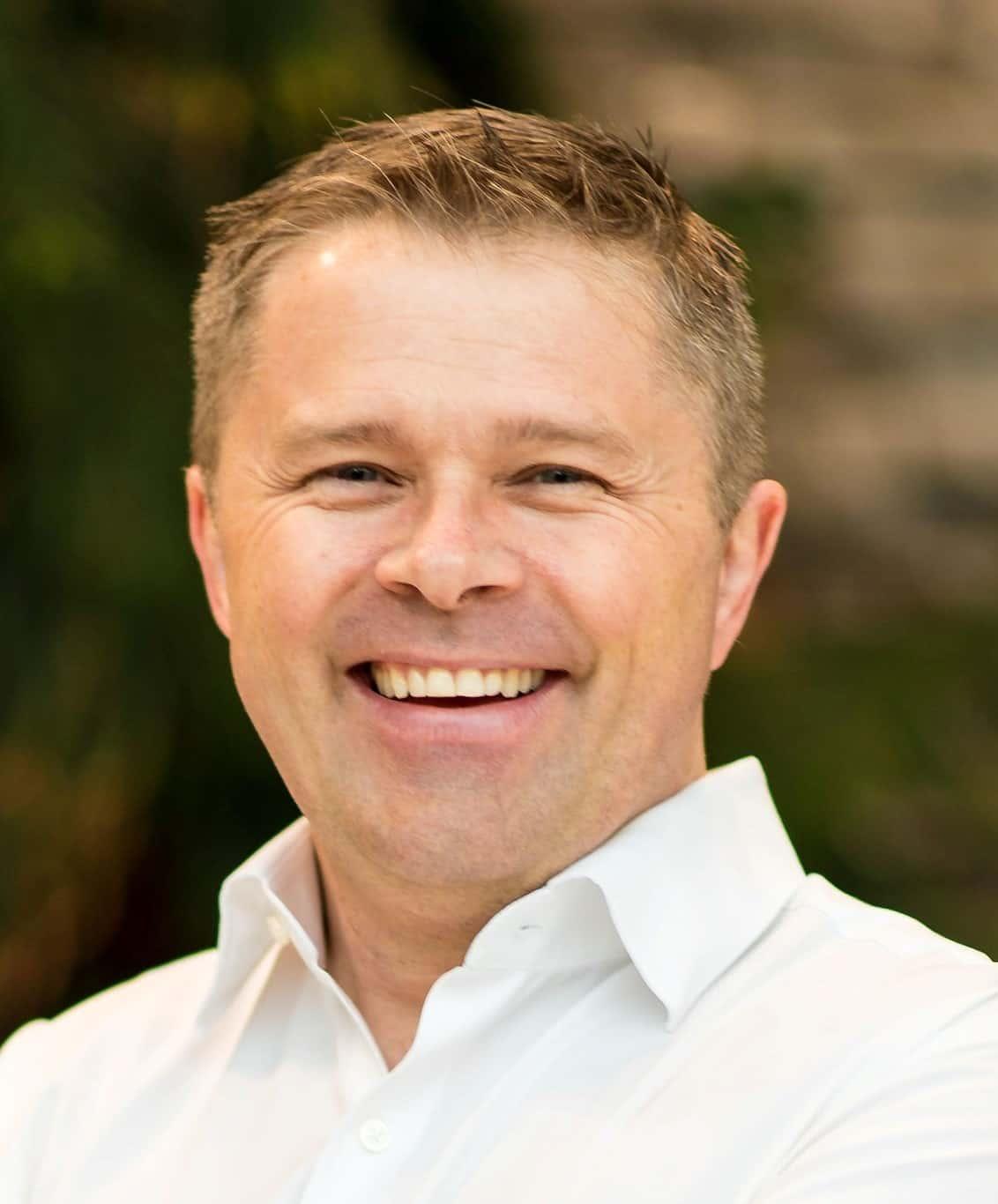 Dr. Stuart Philips Photo 3