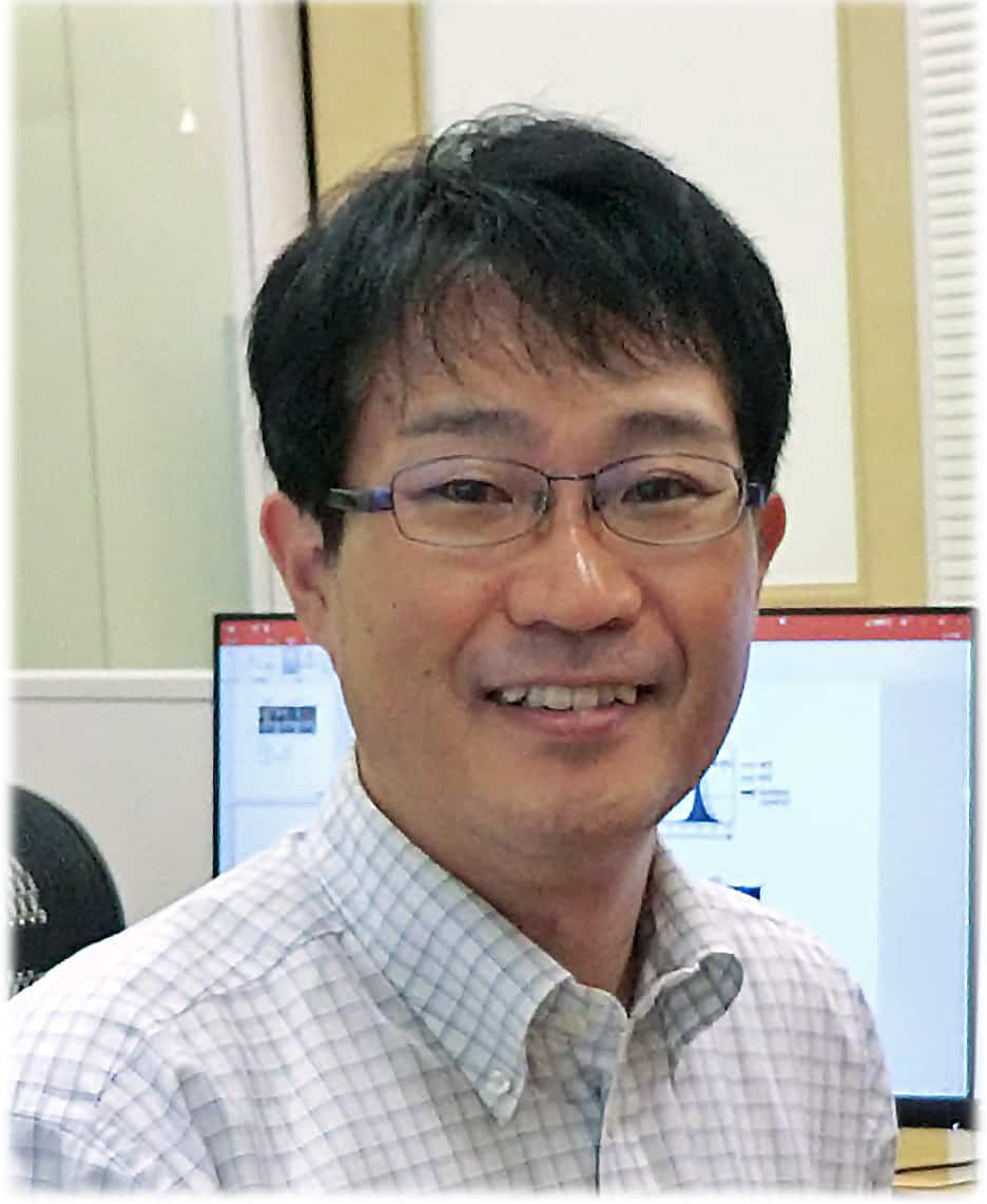 Prof. Kunisawa's photo