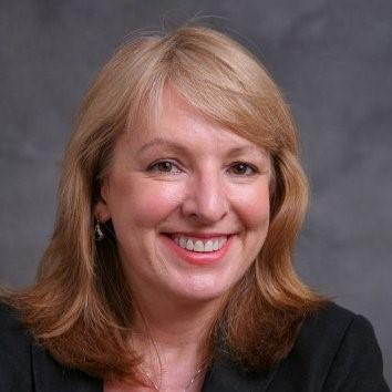 Prof. Lynn Frewer_Photo