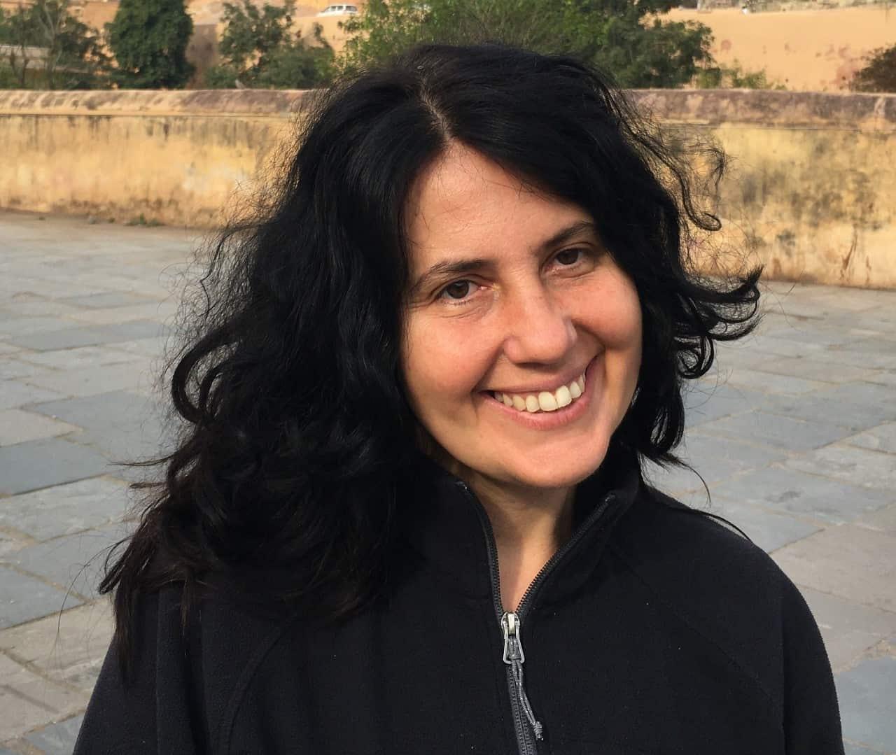 Dr Diana Bogueva